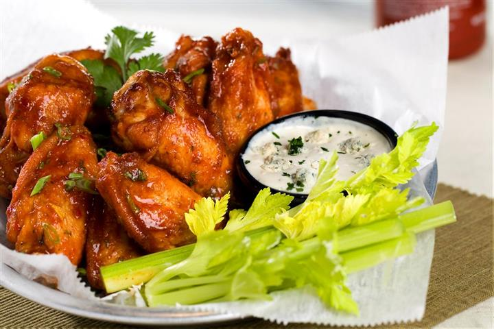 Wings and dip