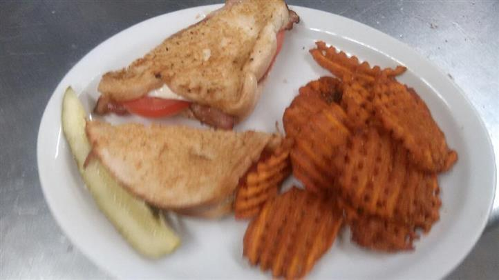 grilled cheese sandwich with home fries