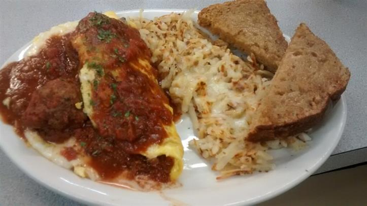 chicken parm omelette with hashbrowns