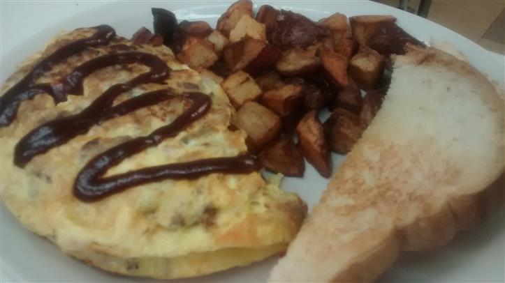 omelette with potatoes and bread