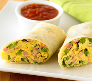 egg omelette wrap with dipping sauce