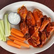 chicken wings with carrots and celery and bleu cheese