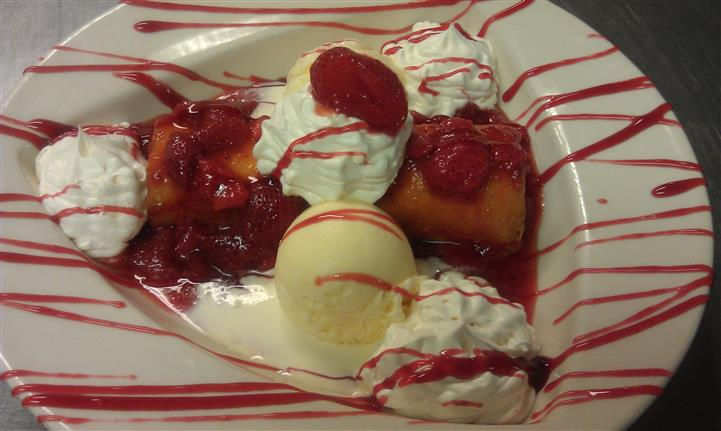 strawberry Fried Cheese Cake