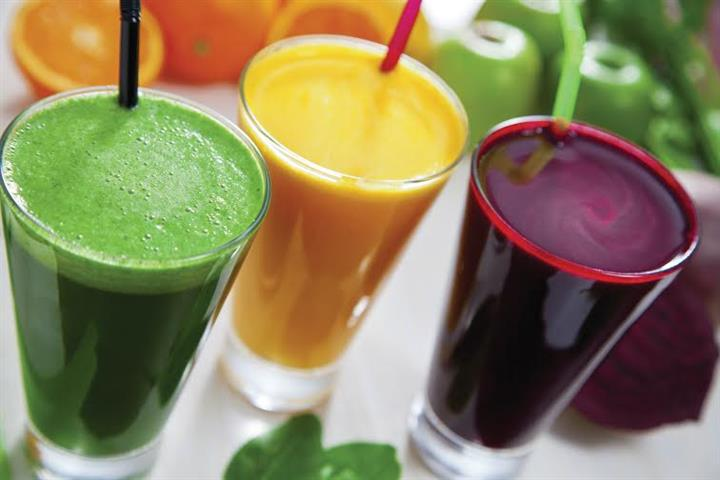 ---- 100% Fresh Squeezed Juices (large)