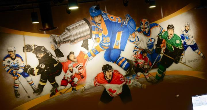 Hockey player painting