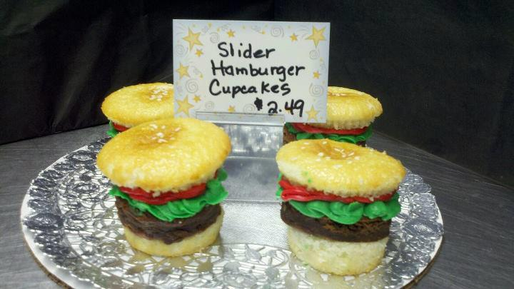 slider hamburger cupcakes
