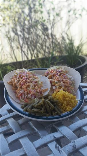 Soft tacos with yellow rice and string beans