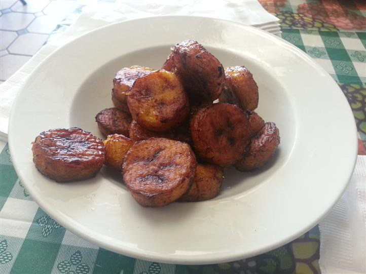 fried banana plantain in a bowl