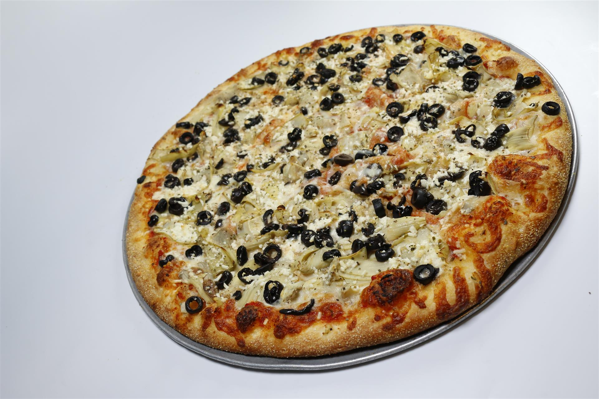 Tomato Sauce, Mozzarella, Artichoke Hearts, Black Olives, Feta Cheese, Oregano
