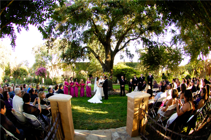 Bride and groom, outdoor wedding