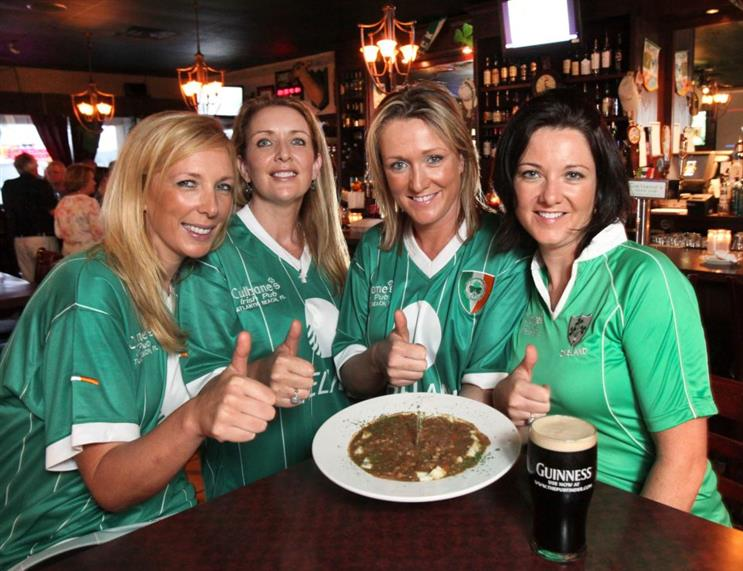 culhanes sisters giving thumbs up