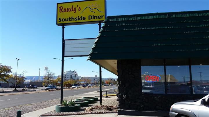 Randy's Southside Diner sign