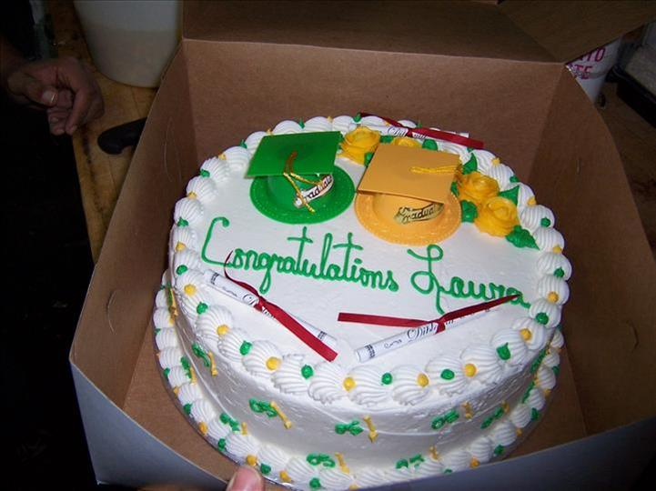 cake with congratulations lauren