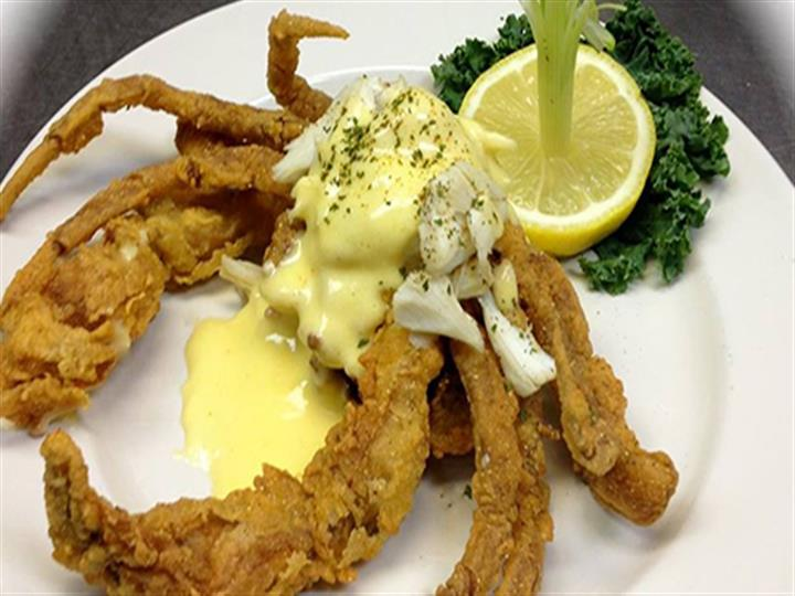 Fried Crab with suace on top