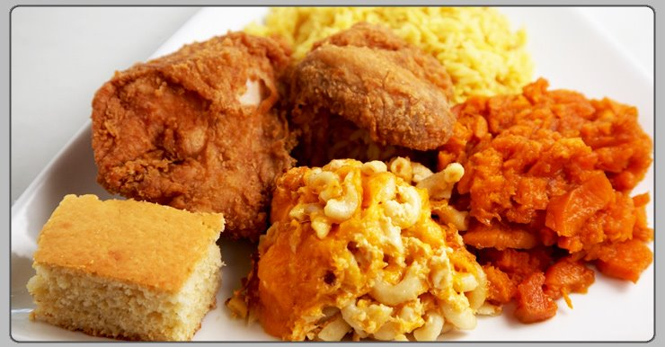 fried chicken with corn bread and mac and cheese