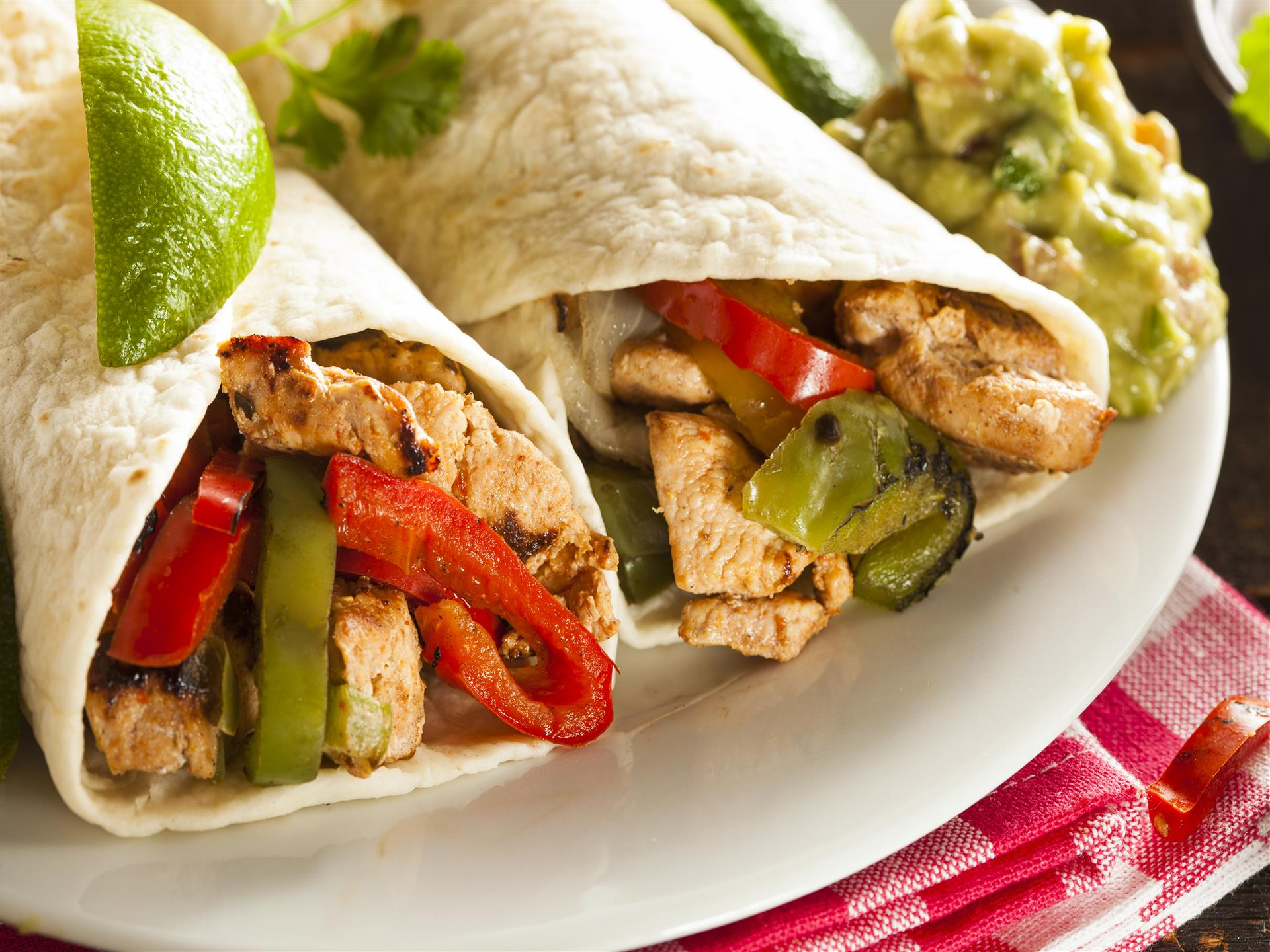 chicken and pepper wrap