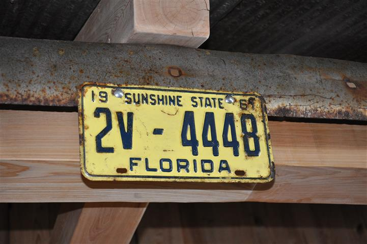 License plate on wall from Florida