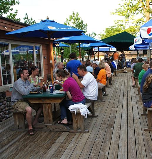 People dining at the outdoor patio