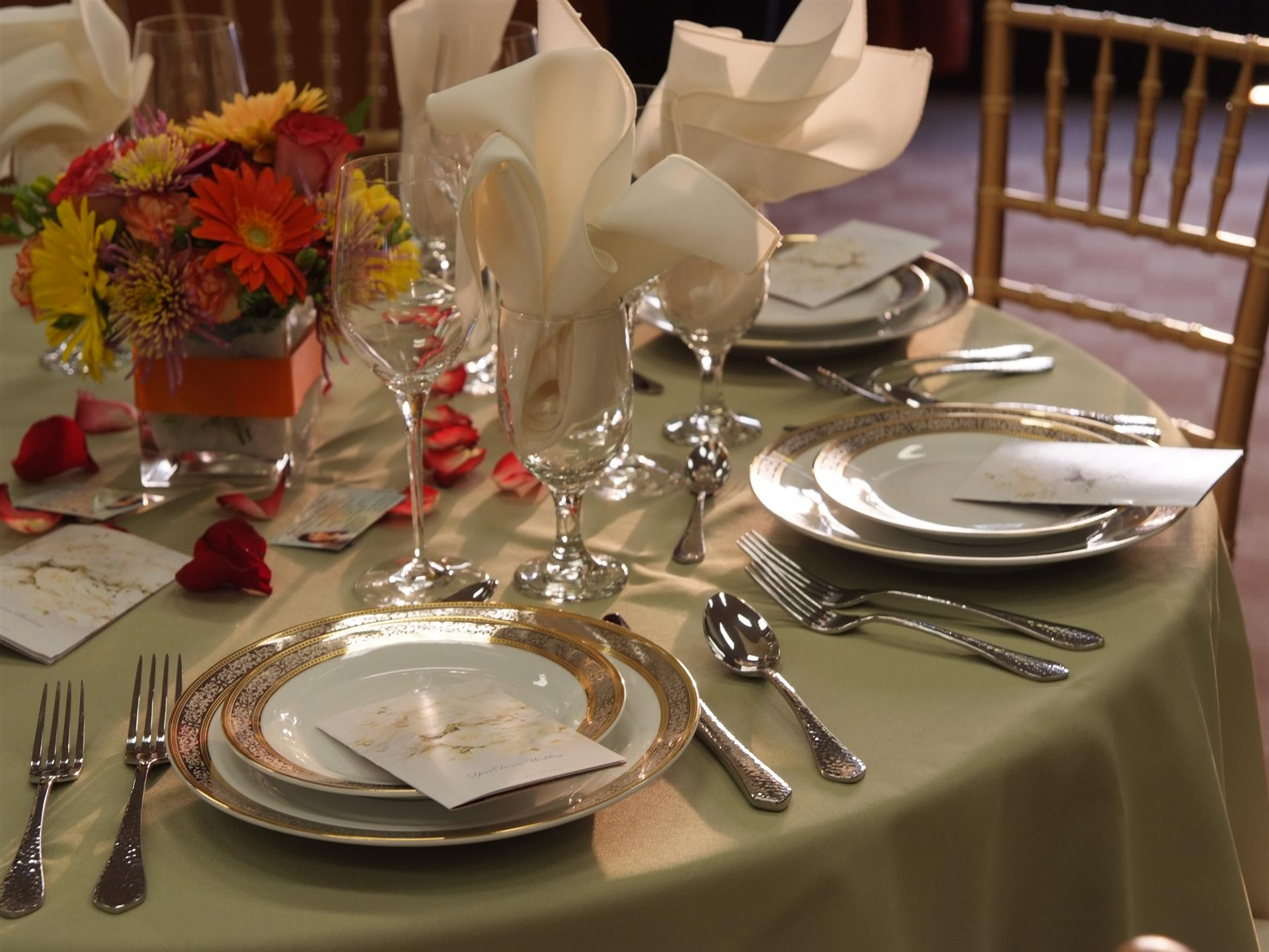 Fancy placesettings on covered table