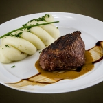 Steak with whipped potatoes
