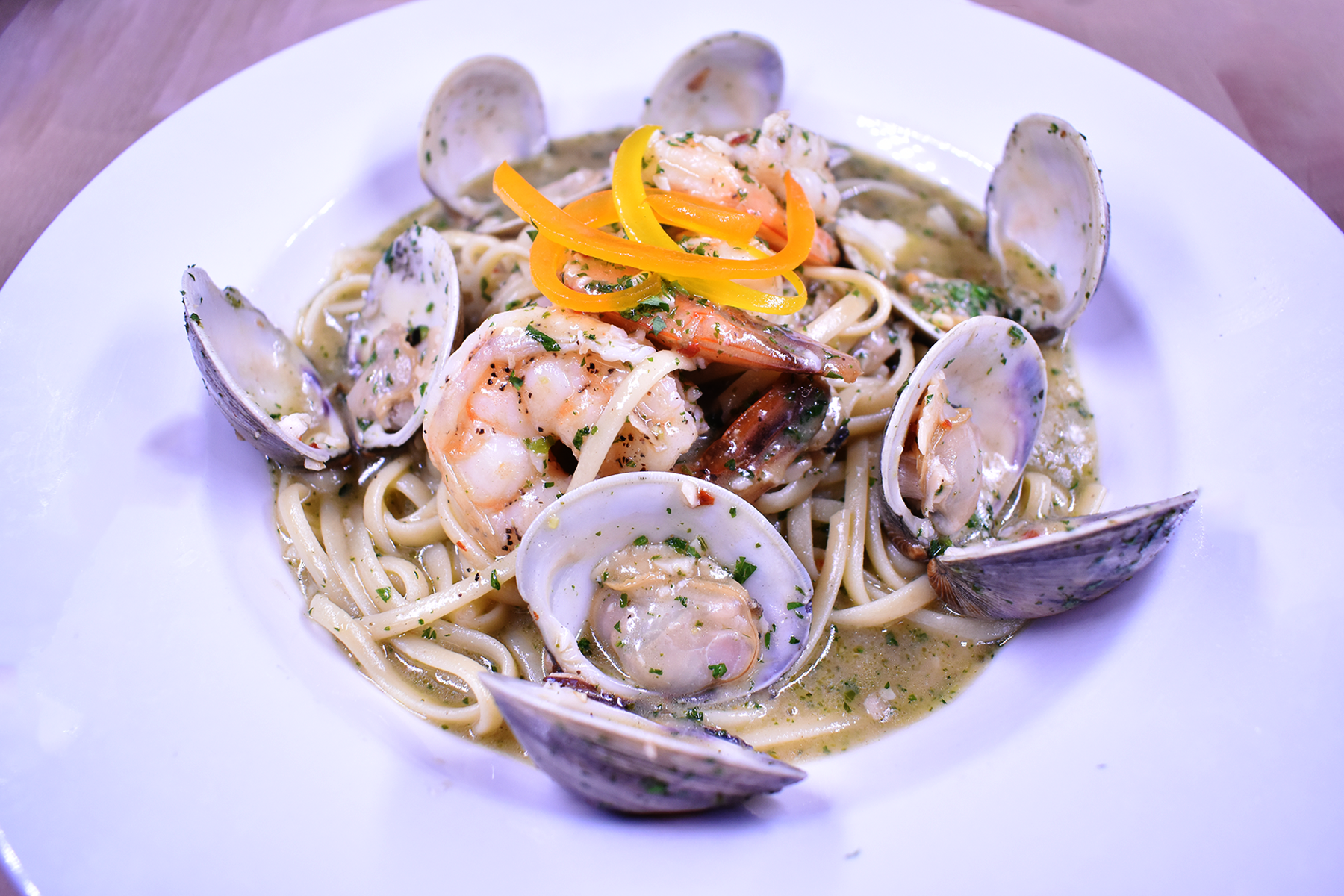 linguini clams and shrimp