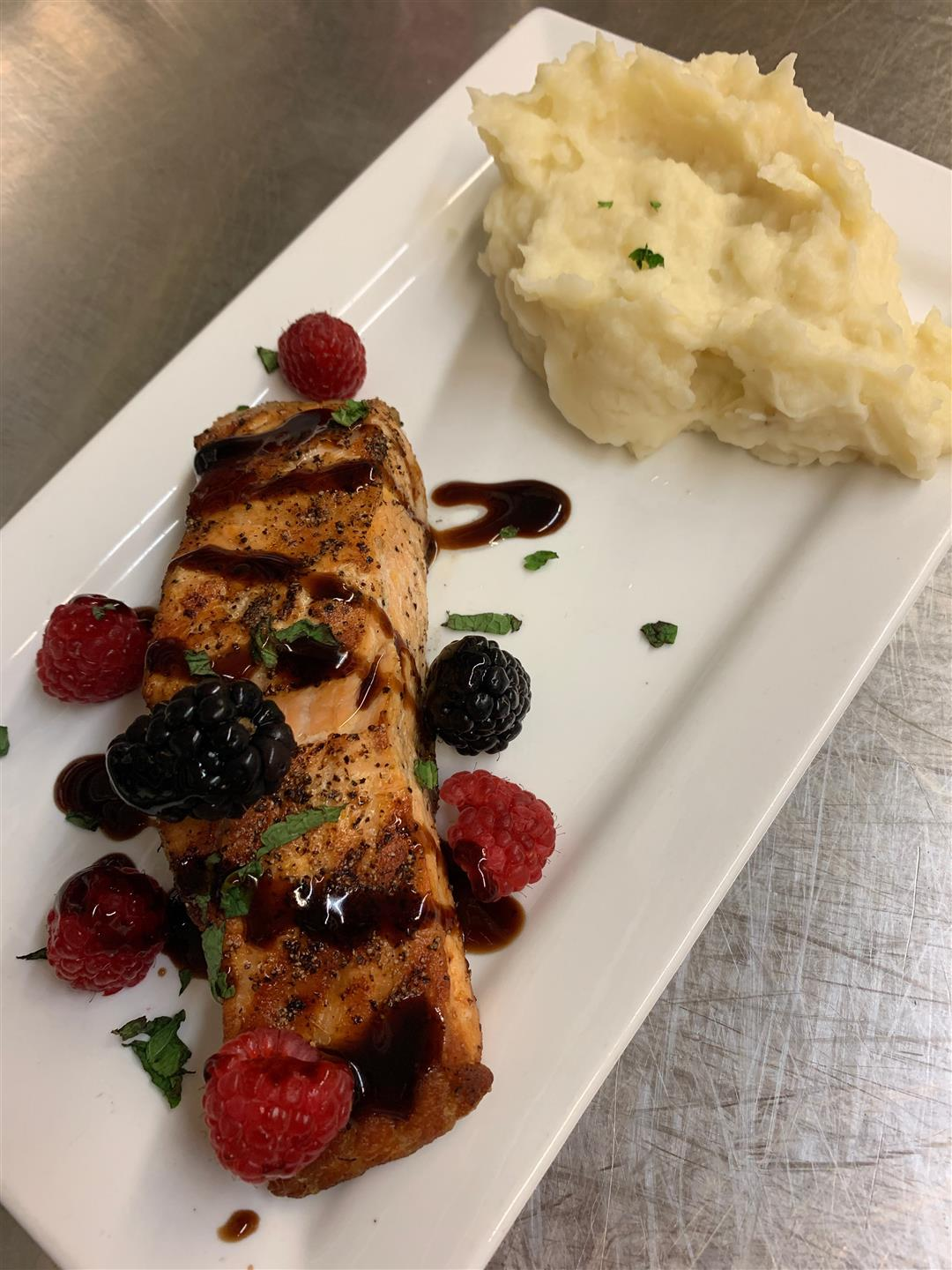 Grilled Salmon with fresh Berries
