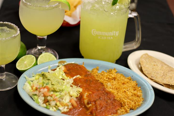 Enchilada with rice and salad