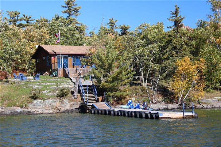 the french portage outpost dock on the water