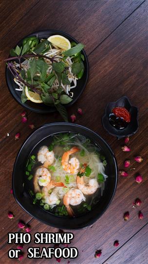 Pho shrimp with a side salad