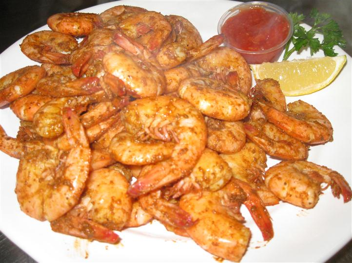 Cooked shrimp with marinara sauce