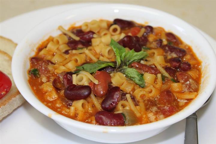 Pasta and bean stew