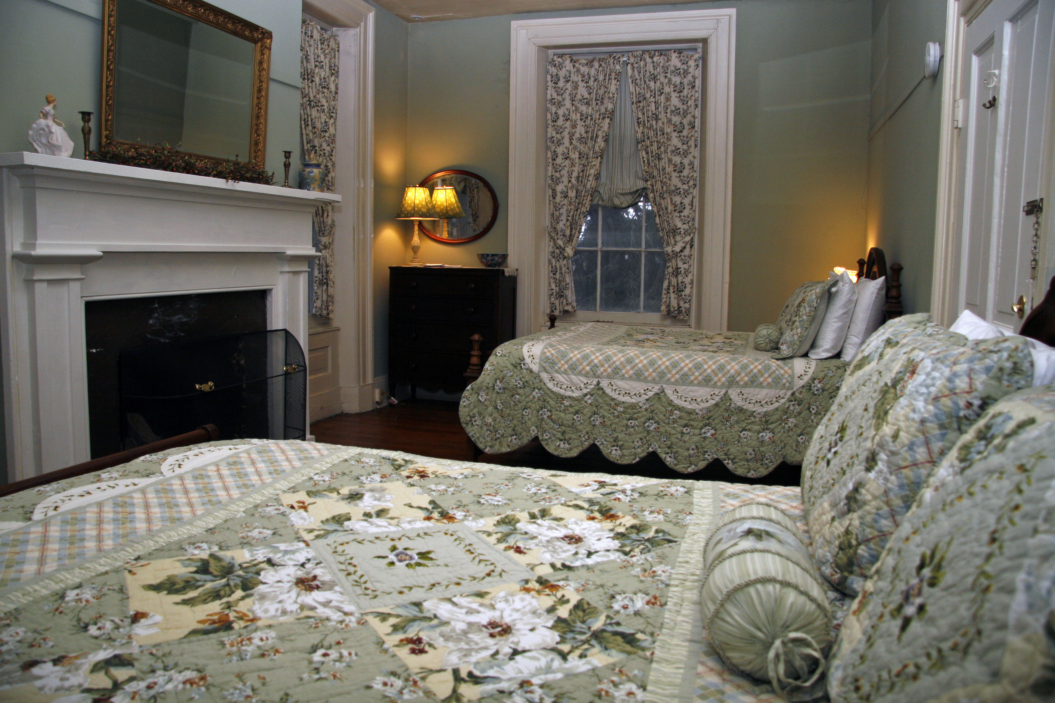 Two queen size beds, fireplace
