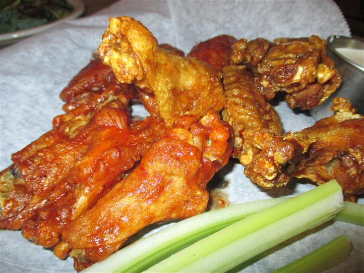 buffalo wings in a basket
