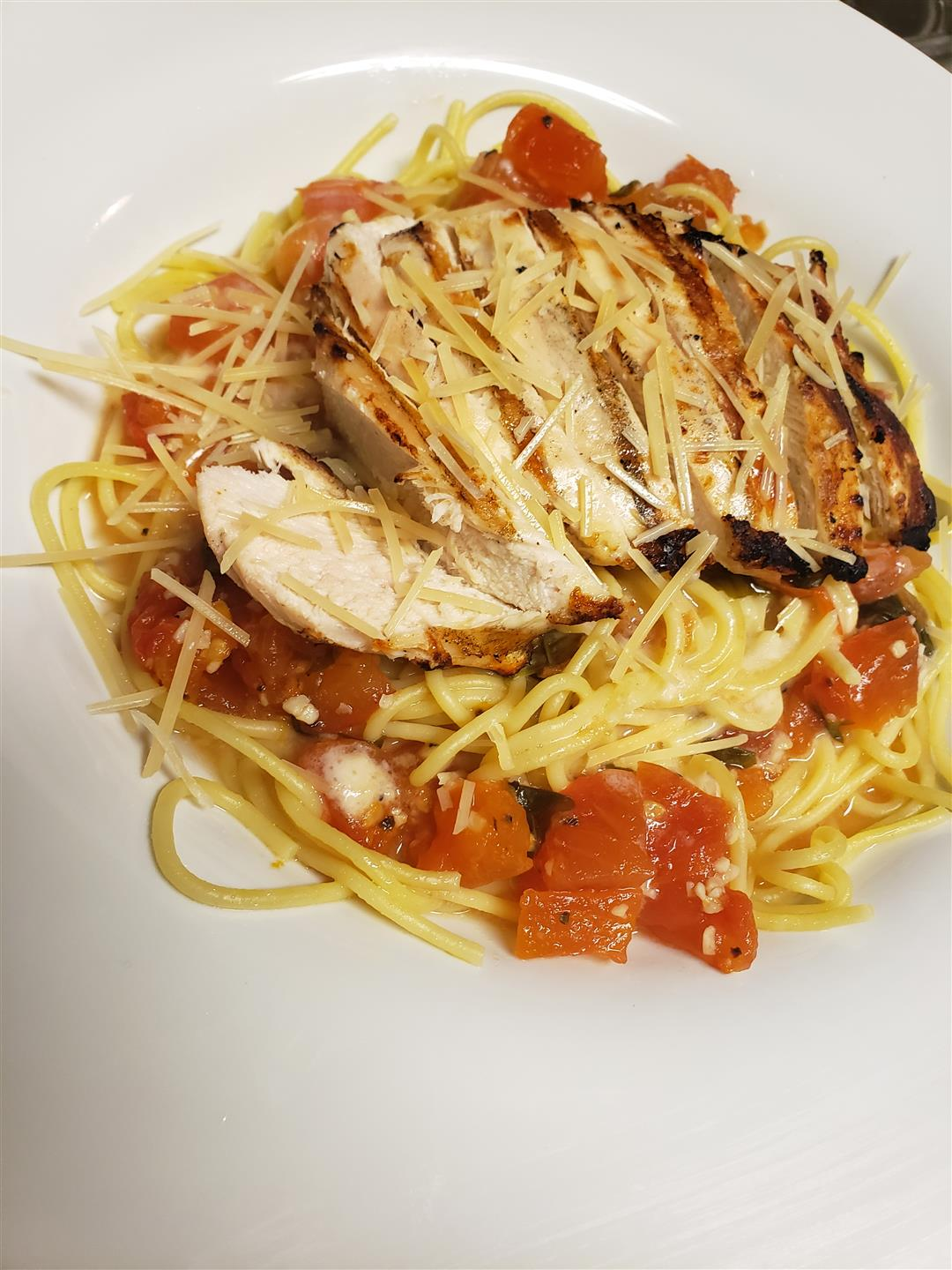 chicken bruschetta pasta with tomatoes