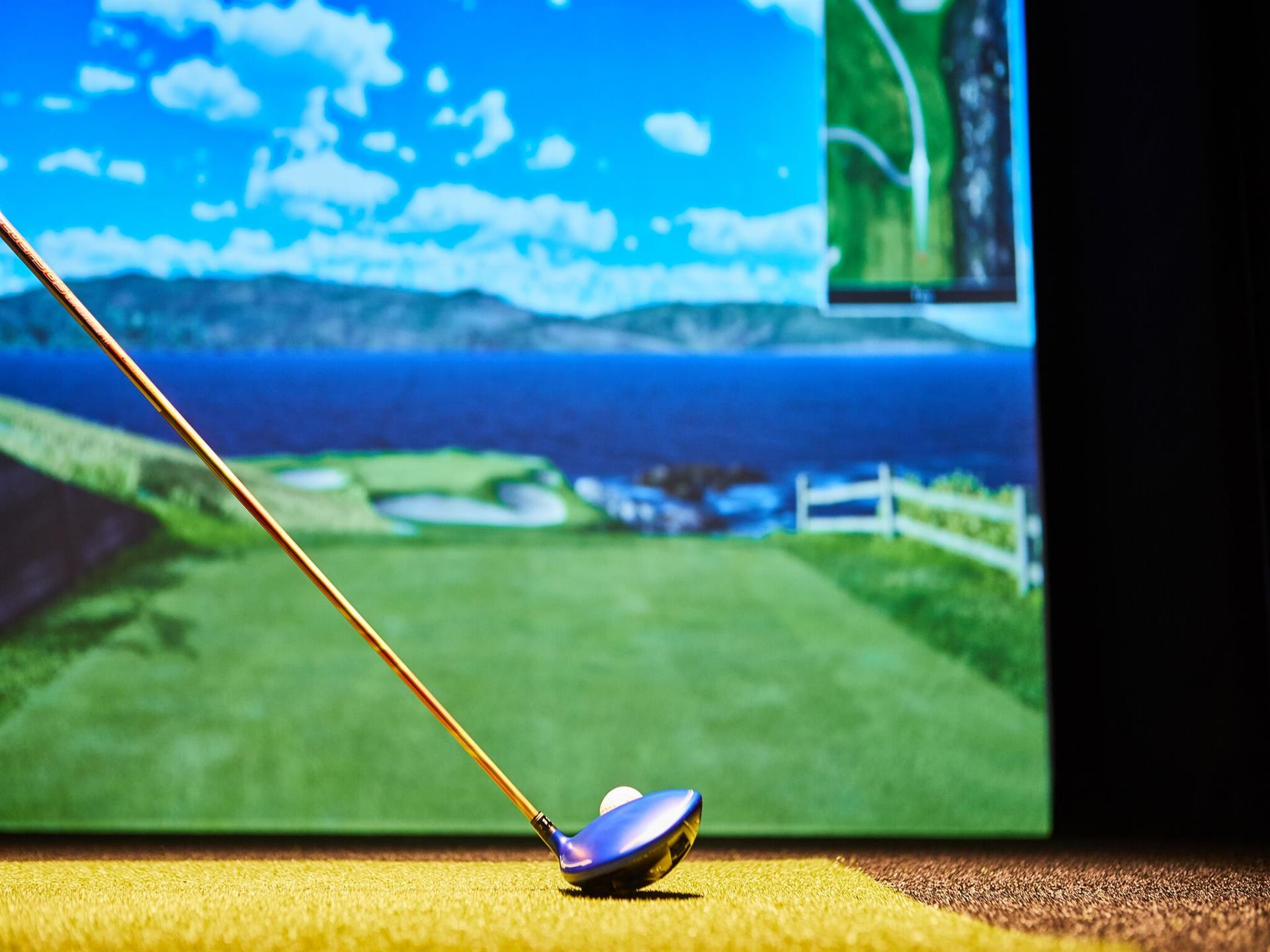 Full Swing Simulators golf simulator
