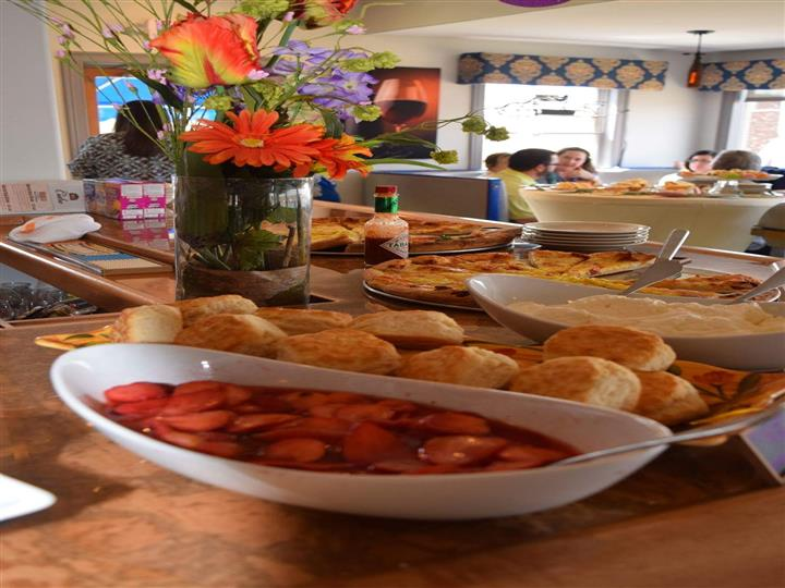 catered food at home