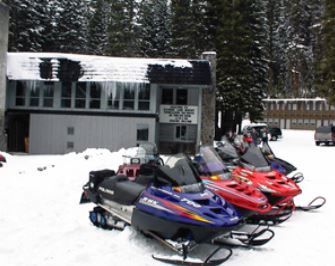 ---- Snow Mobiles (large)