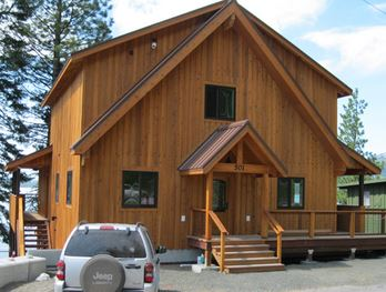 outside view of 501 retreat cabin