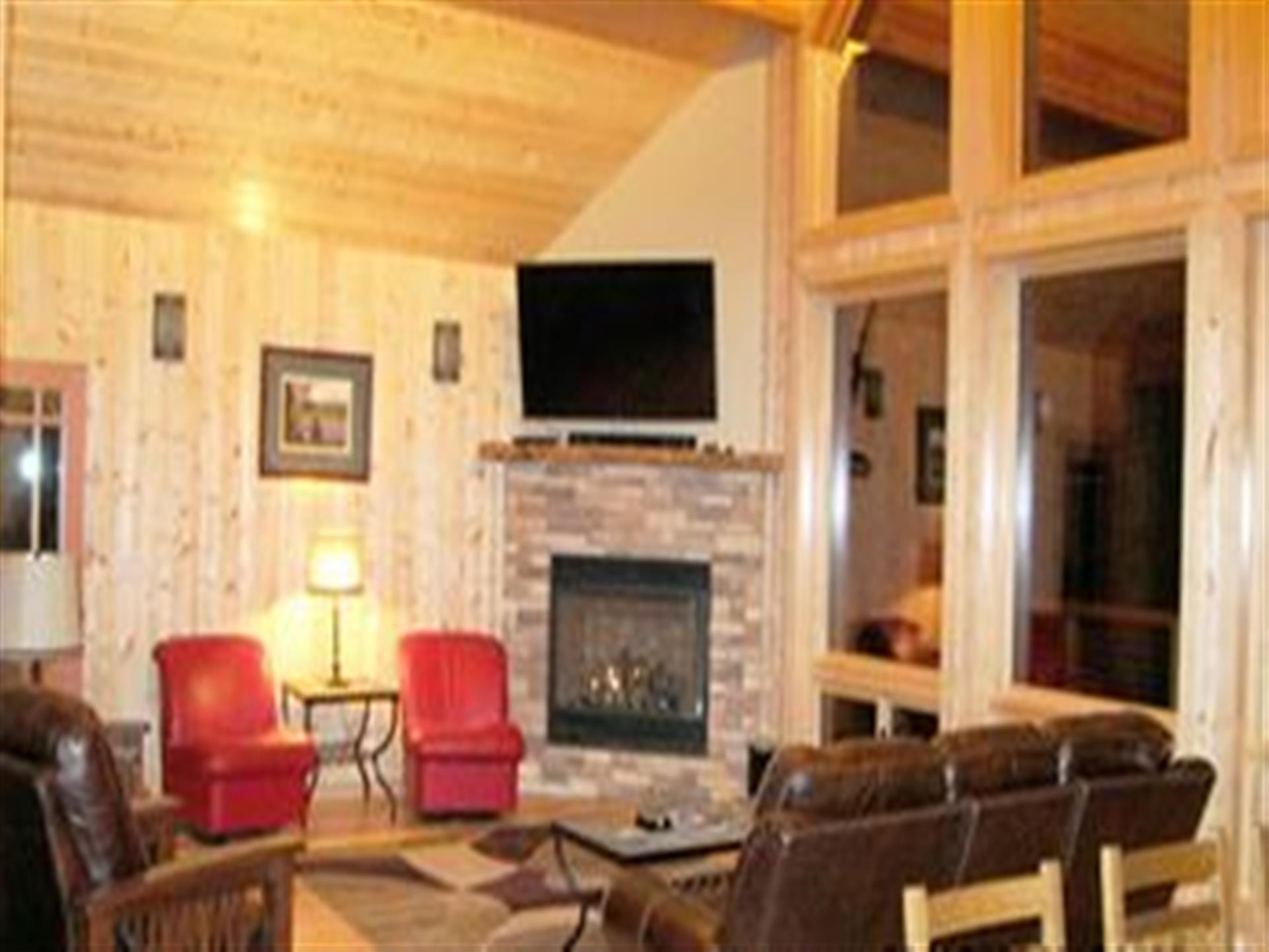 inside view of 501 retreat cabin
