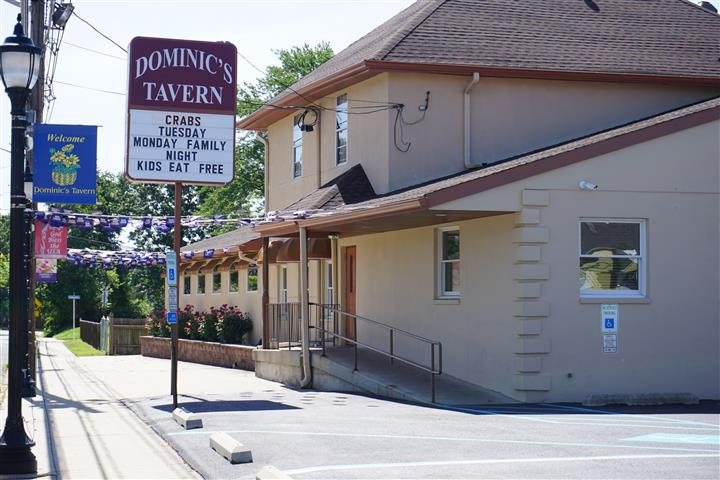 front view of dominic's tavern