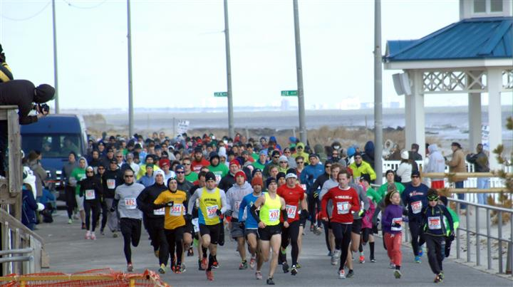 Marathon runners doing the polar bear run