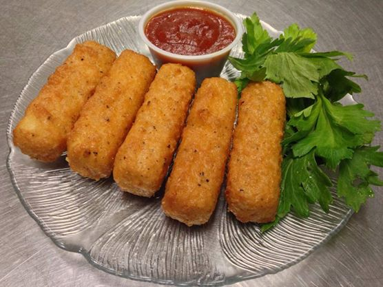 breaded sticks with sauce