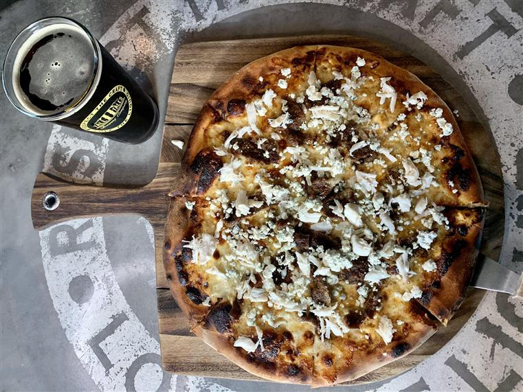 Black & Bleu Pizza