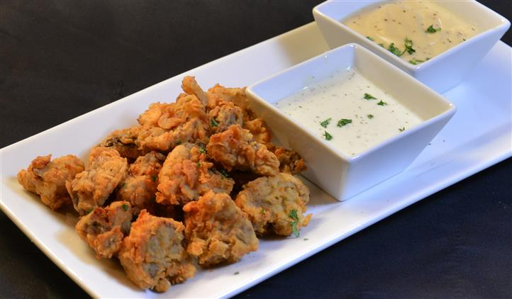 fried okra with dipping sauce