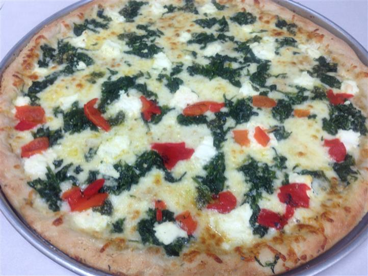 cheese pizza with peppers and spinach
