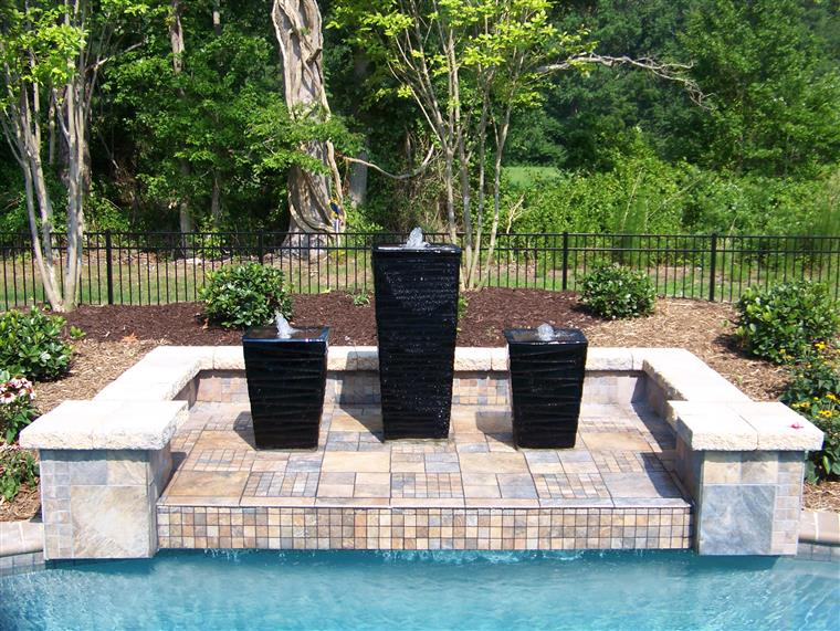 Cordier Residence Pool fountain