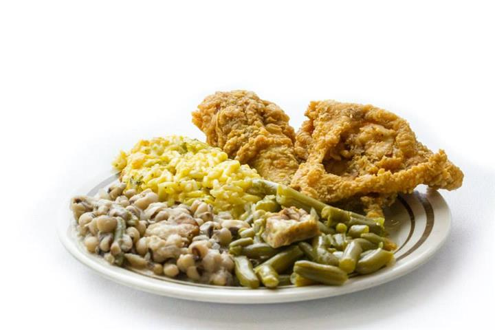 plate of rice, green beans, black eyed peas and fried chicken