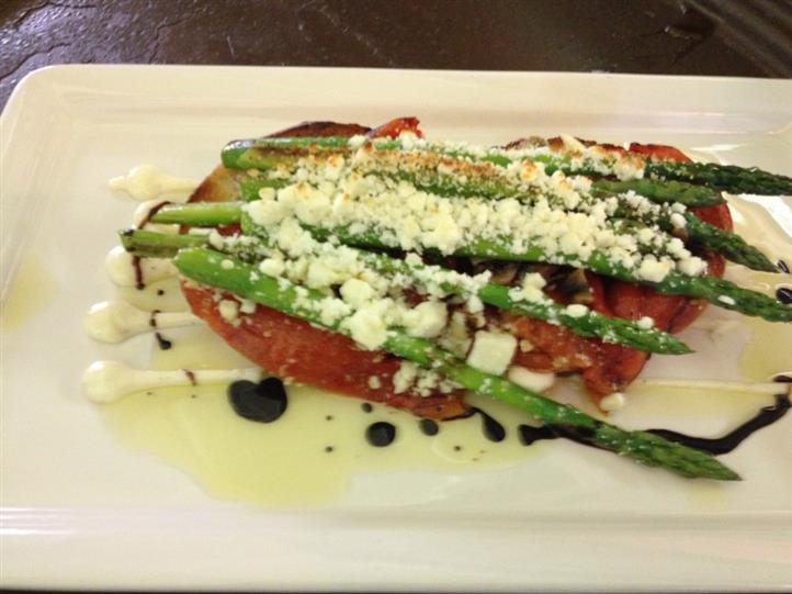 grilled tomatoes with cheese and asparagus