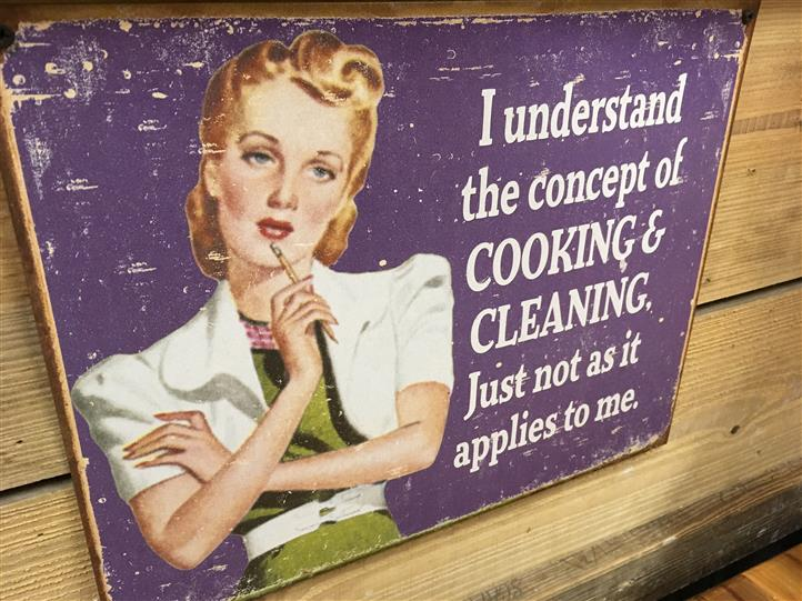 "1950's style painting that reads "" I understand the concept of cooking & Cleaning just not as it applies to me"""