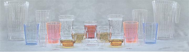 Classic crystal and comet rigid tumblers on table